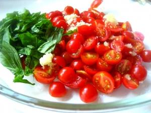 raw tomato